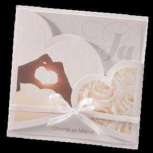 Stijlvolle trouwkaart met harten I 725080