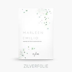 Trouwkaart met zilverfolie blaadjes en watercolour