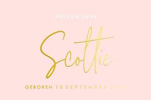 Geboortekaartje meisje goudfolie met roze achtergrond