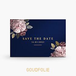 Save the Date kaart goudfolie met rozen op donkerblauw