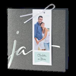 Chic grijze trouwkaart met 'JA' I Buromac 108914