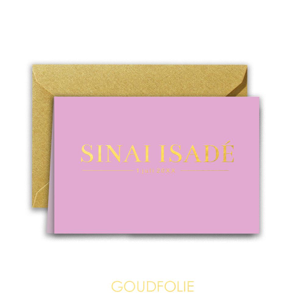 Goudfolie clean geboortekaartje met naam op paarse achtergrond