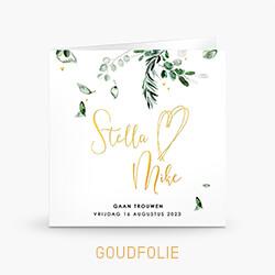 Goudfolie trouwkaart met botanische takjes gouden hartjes