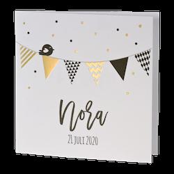 Feestelijk geboortekaartje met vlaggetjes 507137