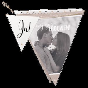 Vrolijke vlaggenlijn als trouwkaart (KAN NIET)